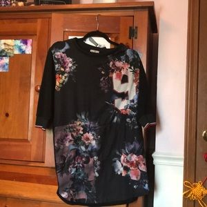 Floral design Zara dress